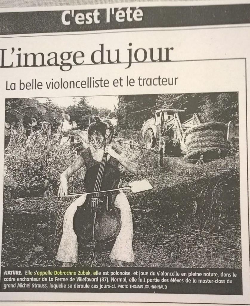 La Belle Violoncelliste et le tracteur
